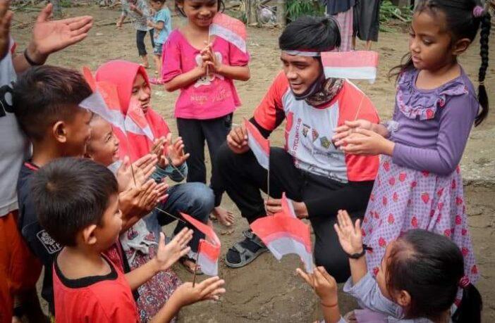 Lomba merayakan HUT ke-75 RI di Pakuku Jaya