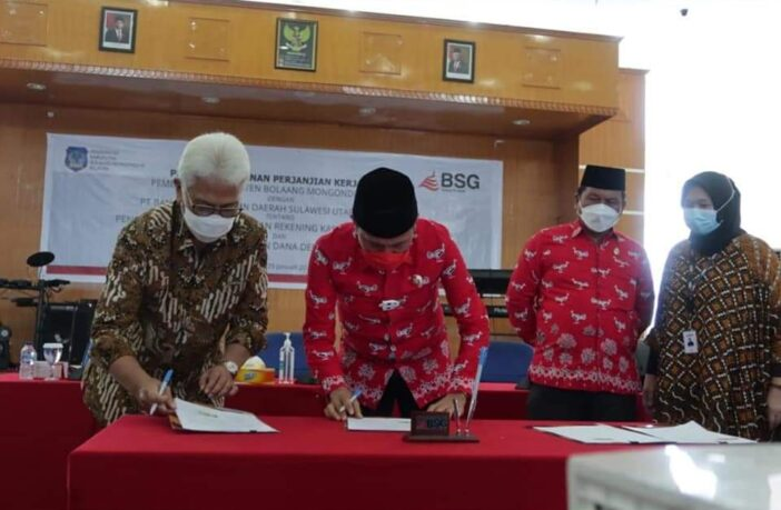 Pemda Bolsel - Bank Sulutgo kian solid. Acara penandatanganan kerja sama Pemda Bolsel - Bank Sulutgo. (Foto: Diskominfo Bolsel)